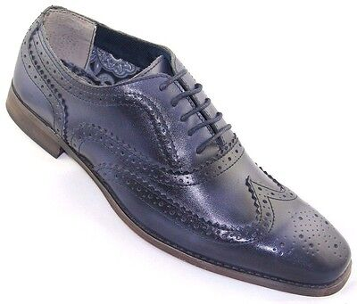 Steve Harvey Mens Wing Tip Oxford  Leather Upper   Sole Navy  Style Lotus
