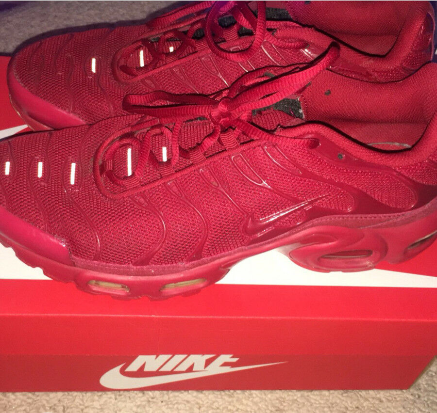 52d5273bd3 ... sweden nike tn air max plus triple red all red size 853ce 3d22f