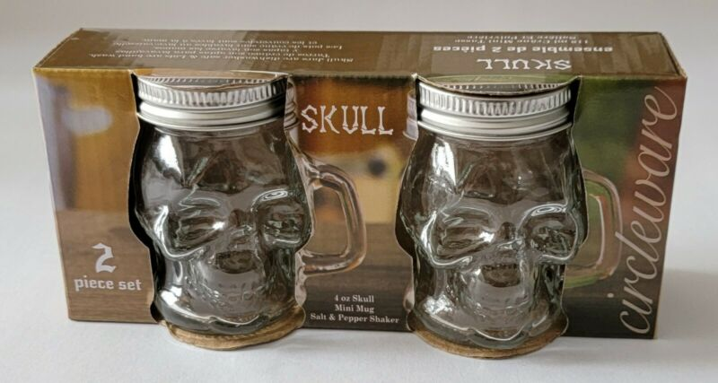 Salt and Pepper Skull Shakers glass