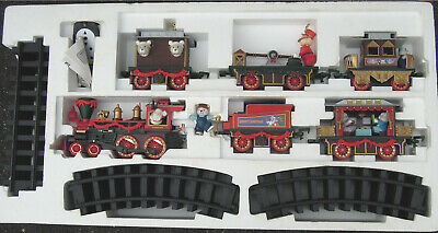 Christmas X-mas bear express holiday train set Loco with sound songs some lights