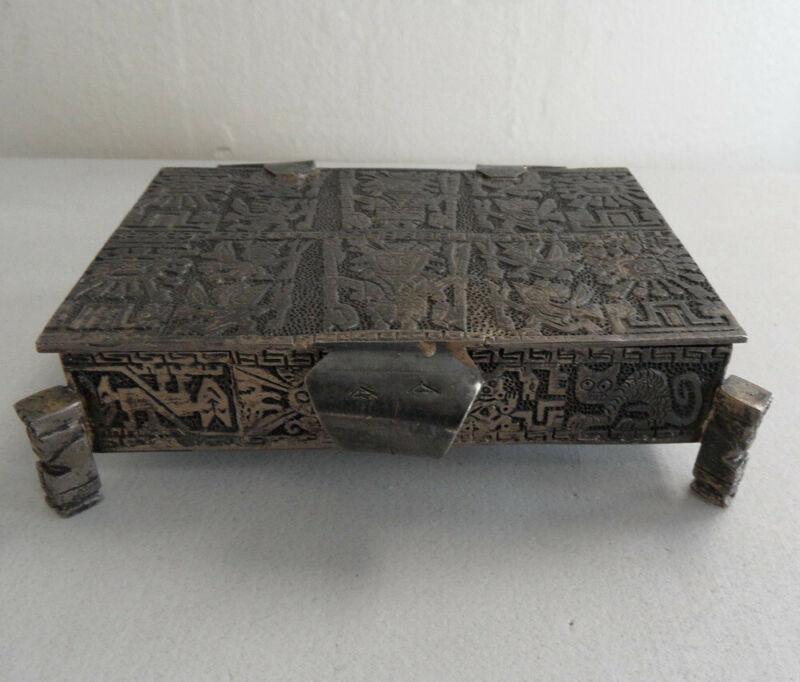 Large PERUVIAN Antique 900 SILVER Footed Trinket Box Tribal Aztec Mayan Inca Vtg