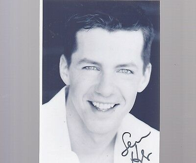 5x7 signed photo #0086 w/AUTOGRAPH - SEAN HAYES - ACTOR