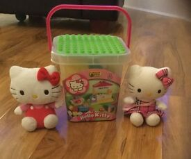 Hello Kitty Building Blocks and 2 soft toys excellent condition