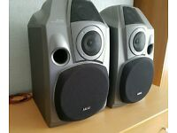 AKAI SR-725, 3 WAY SPEAKERS, 160 WATTS, 6 Ohms, VERY LOUD CRYSTAL CLEAR SOUND, EXCELLENT CONDITION.