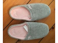 Per Una slippers - never worn small (3-4)