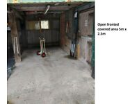 To Let : Open fronted storage unit and use of adjacent yard -135 ft2