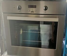 ZANUSSI BUILT IN ELECTRIC OVEN FAN ASSIST FREE DELIVERY FITTING AND WARRANTY