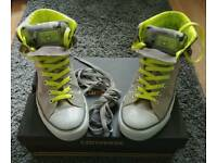 Converse Size 10