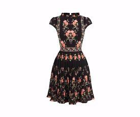 Oasis Vermont Ruffle Neck Dress