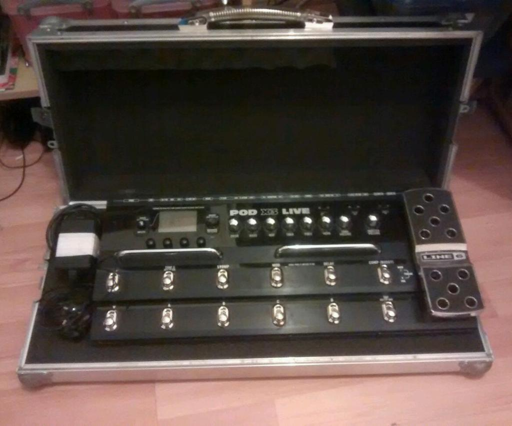 Line 6 Pod X3 Live with Swan Flight Case REDUCED