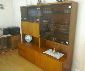 Wall unit/drinks cabinet.
