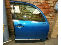 C3 picasso hdi exclusive o/side drivers door