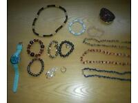 Lots of Costume jewellry all v good condition