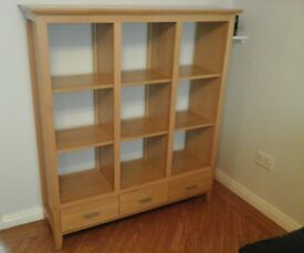 MORRIS Solid wood bookcase