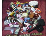 5 Joblot Job lot various items for personal and family use and bric-a-brac for boot sales.