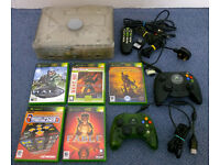 Original XBOX with 5 games, 2 controllers, remote control, memory card, etc. RETRO GAMING