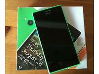 Nokia Lumia 735 - Unlocked with Wireless Charger