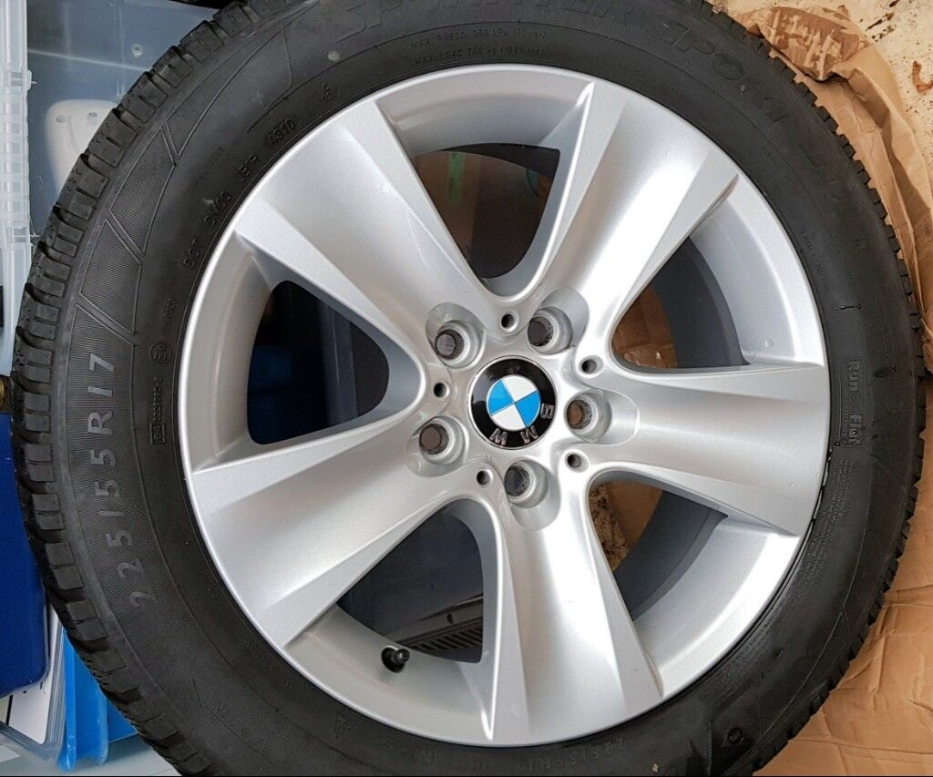 Genuine BMW Wheels with Dunlop Winter Tyres for 5 Series (F10 F11) 17