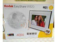Kodak EasyShare W820 Wireless Digital Photo Frame