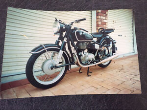 Rare vintage BMW r27 Manly Brisbane South East Preview