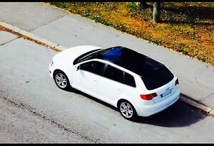 Audi A3 Panoramic roof (S-tronic) low km's