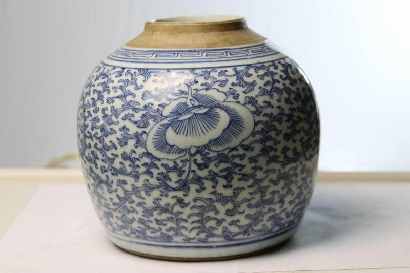 Antique Chinese Ginger Jar Tea Caddie Blue White