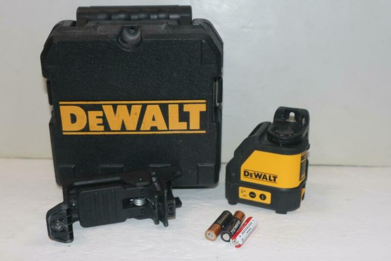 DeWalt DG088 Red Self-Leveling Cross-Line Laser Level with Batteries & Case