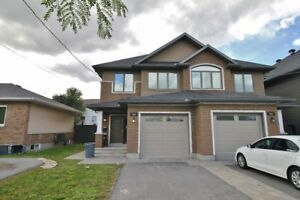 Newly Built 3Bed/2.5Bath Home - Moodie Dr - $1800