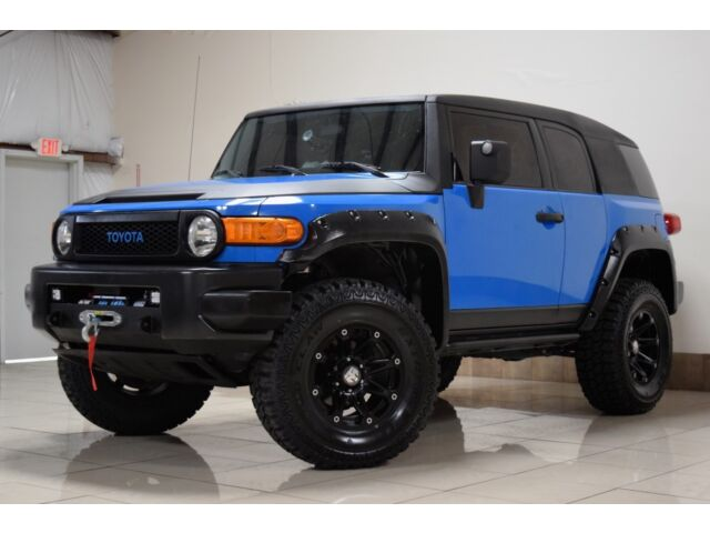 custom toyota fj cruiser 4x4 lifted winch brand new wheel tires tow used toyota fj cruiser. Black Bedroom Furniture Sets. Home Design Ideas