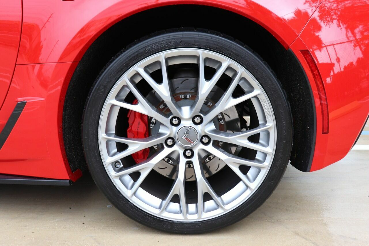 2016 Red Chevrolet Corvette Z06 3LZ | C7 Corvette Photo 10