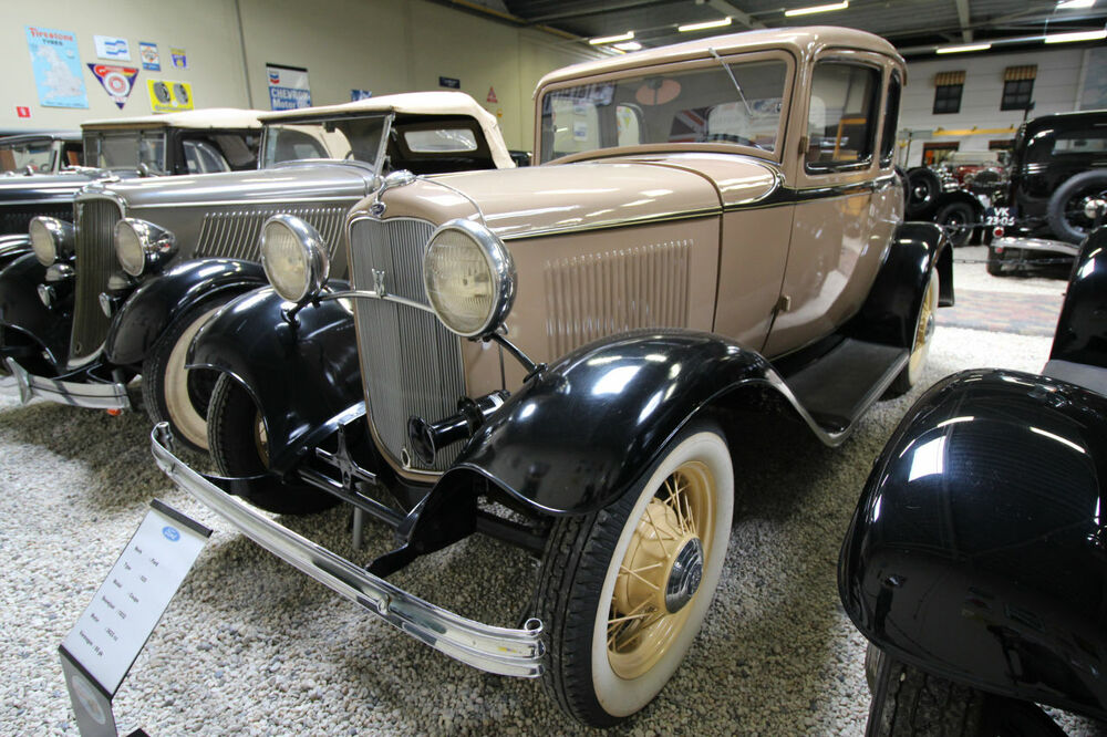 Ford 520 Coupe 1932