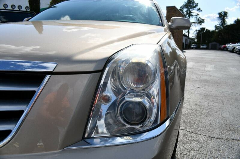 Image 14 Voiture Américaine d'occasion Cadillac DTS 2006