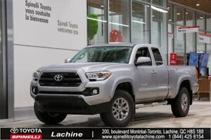 2017 Toyota Tacoma SR5 VERY CLEAN! 4X4! REMOTE STARTER! BACK UP