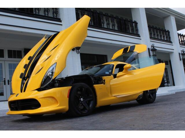 Image 1 of Dodge: Viper SRT Yellow…