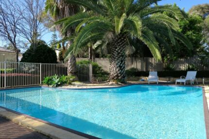 Fully Furnished 3x1 with huge sparkling pool in Edgewater