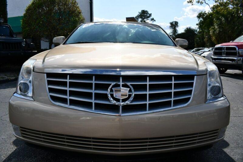 Image 13 Voiture Américaine d'occasion Cadillac DTS 2006