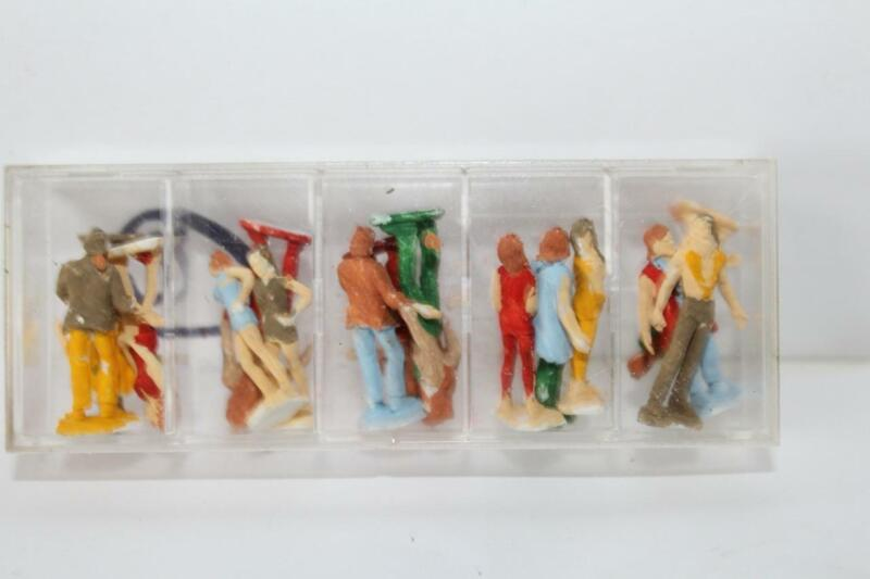 AHM HO SCALE ASSORTED PEOPLE #2