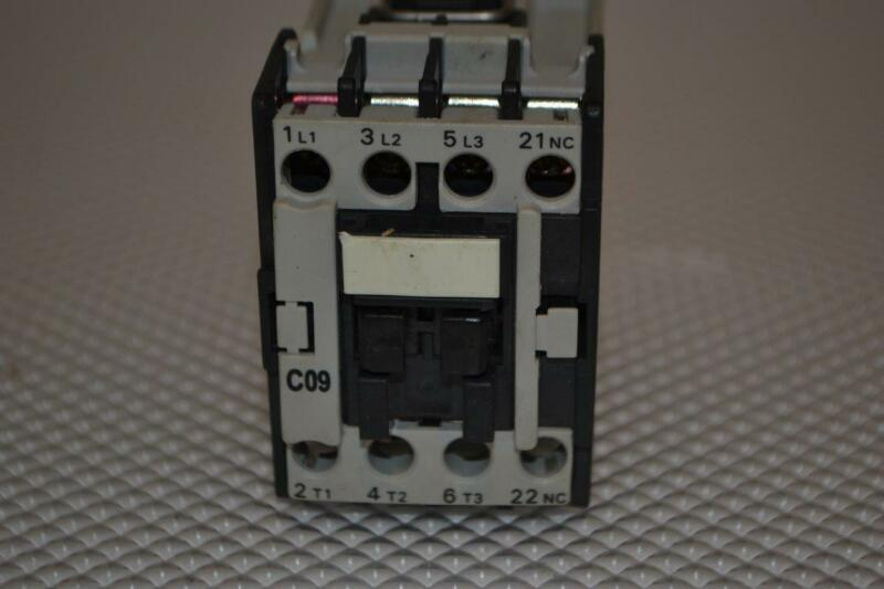 ONE USED ADVANCE CONTROLS  CONTACTOR C09 .