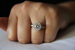 Custom engagement rings and diamonds Moorebank Liverpool Area Preview