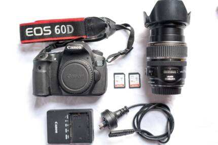 Canon EOS 60D DSLR + Canon EF-S 17-85mm IS Zoom lens + 2 fast SD