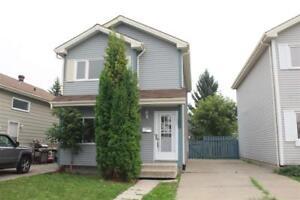 18423 95A AV NW Edmonton, Alberta