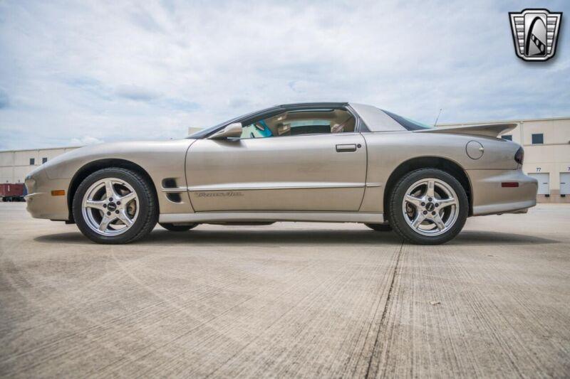 Image 8 Voiture Américaine d'occasion Pontiac Trans Am 2000
