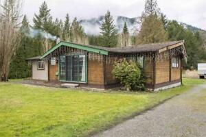 6371 GOLF ROAD Agassiz, British Columbia