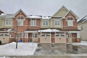 Luxury Middle Unit Townhome - 3Bed/2.5Bath - Orleans ($1950)