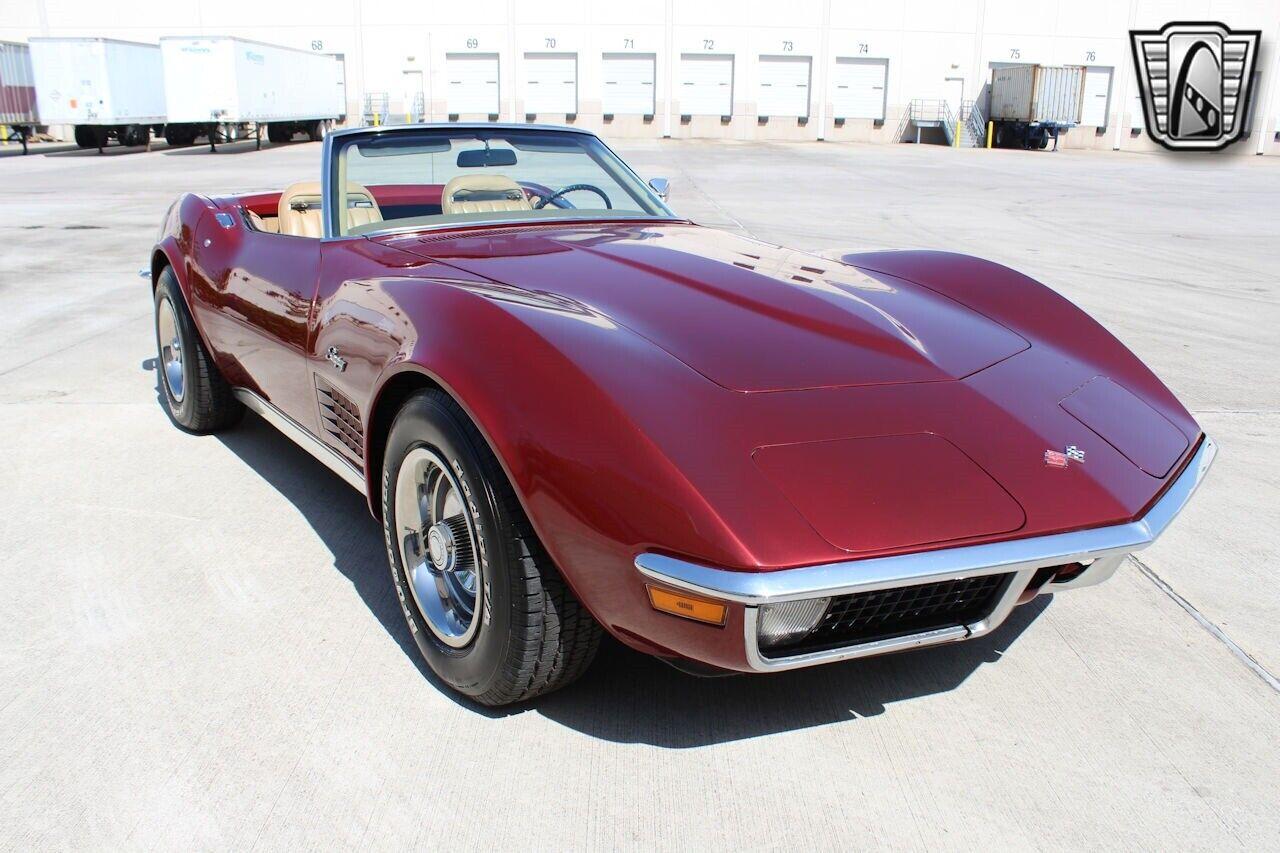1971 Maroon Chevrolet Corvette   | C3 Corvette Photo 9