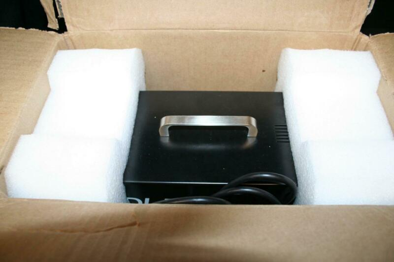 BAE AUDIO 500 SERIES 2 SLOT LUNCHBOX MINT CONDITION