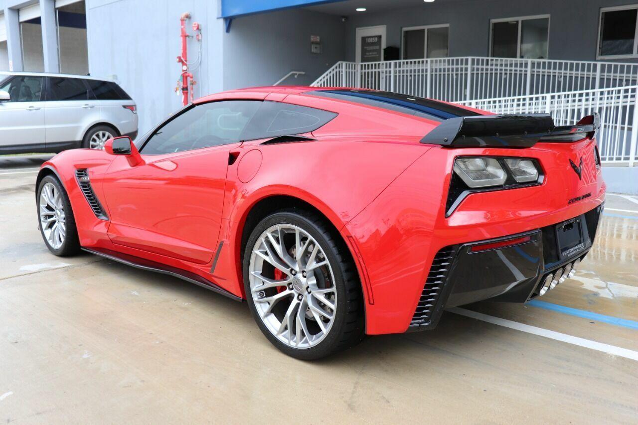 2016 Red Chevrolet Corvette Z06 3LZ | C7 Corvette Photo 8