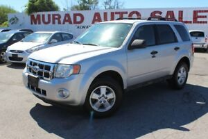 2009 Ford Escape !!! 126,000 KMS !!!