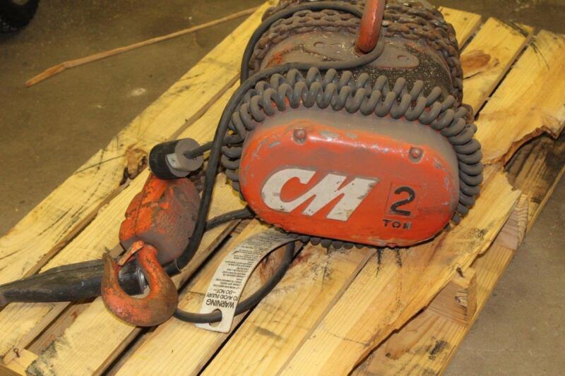 lodestar CM Hoist 2 ton 3 phase