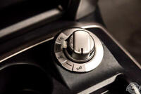 Miniature 20 Voiture American used Toyota 4Runner 2016